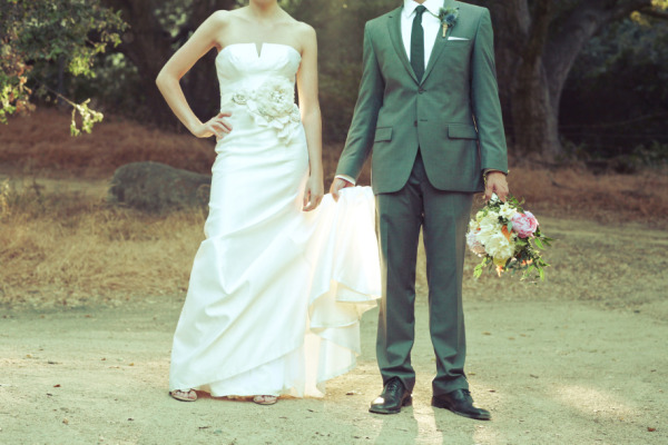 Real wedding eva and ryan best wedding blog for Ryan and walter wedding dress prices