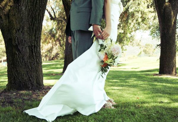 Real wedding eva and ryan best wedding blog wedding for Eva my lady wedding dress