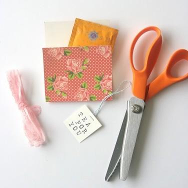DIY Friday: Tea Envelopes