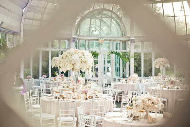 Botanical Gardens Wedding Welcomes Spring