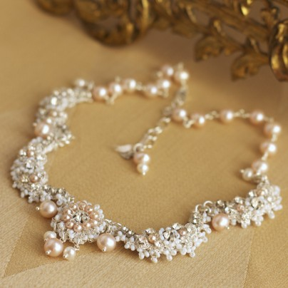 garland-roses-wedding-pearl-crystal-necklace-det3