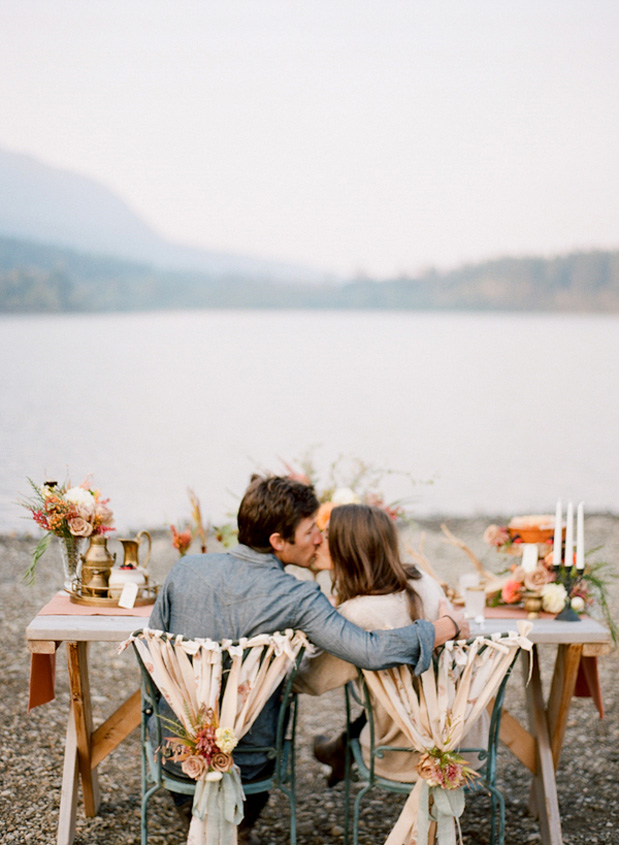 http://www.greylikesweddings.com/wp-content/uploads/2012/11/PacificNorthwestSunriseEnga__Carina_Skrobecki_Photography_PNWStyledShoot_thanksgiving_fall_inspiration_3.jpg