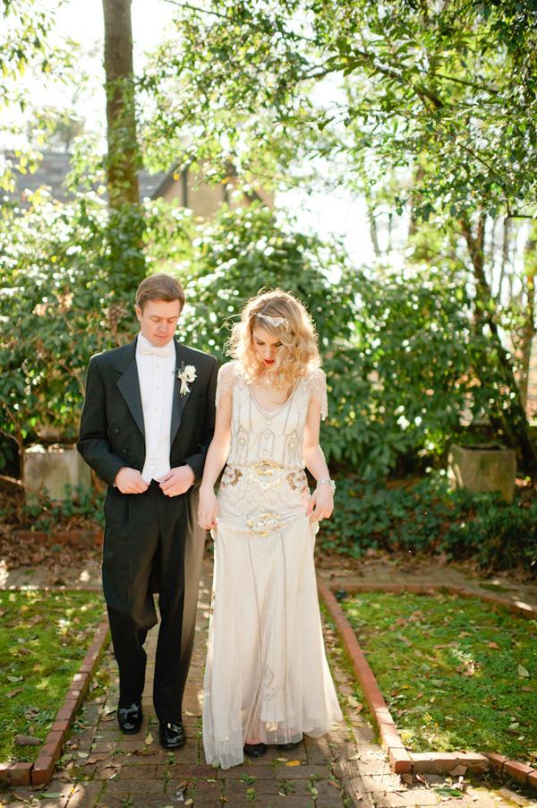 Wedding Blog Poolside Art Deco Fete