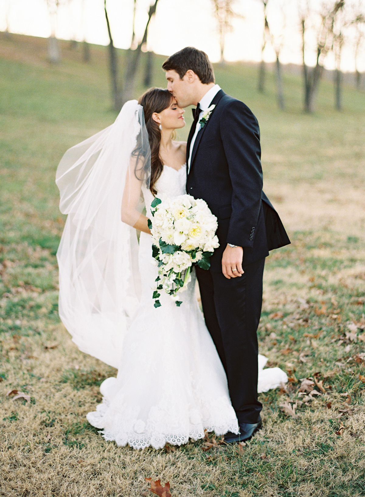 horton_farms_arkansas_blue_yellow_winter_fall_wedding_9