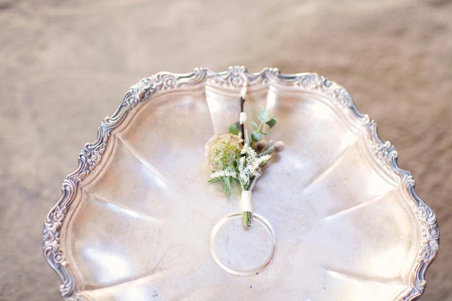 modern_industrial_inspired_spring_wedding_17