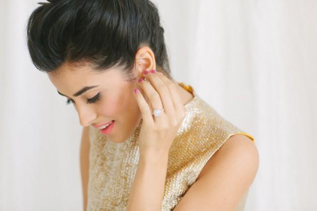 brunch_elopement_shoot_gold_sequins_waffle_wedding_cake_9