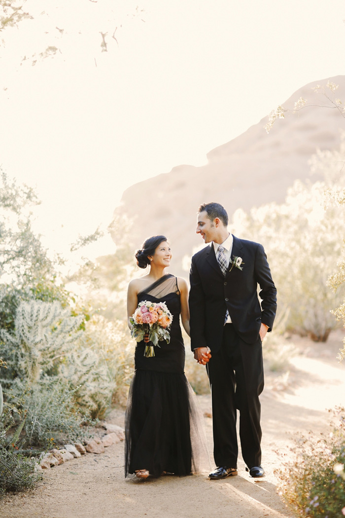 desert_botanical_garden_phoenix_black_wedding_dress_1