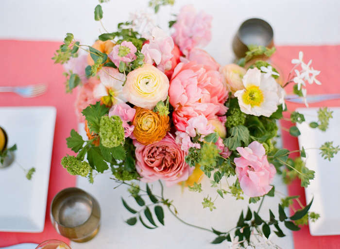 mothers_day_garden_brunch_pink_peonies_poppies_1