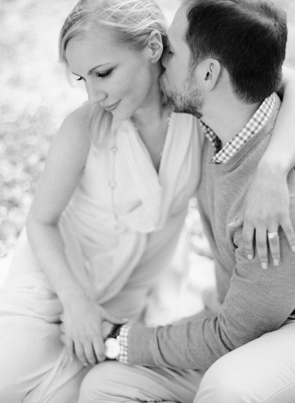 Laura-Murray-DC-Cherry-Blossom-Engagement-Photography_13
