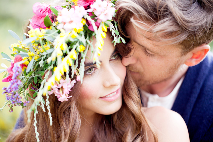 spring-flowers_headband_engagement-6