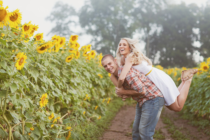 spring_sunflower_field_engagement_12