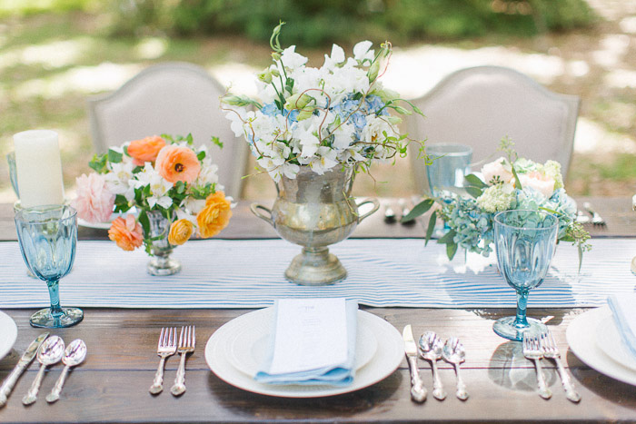 blue_orange_estate_wedding_fashion_stripes_inspiration_14