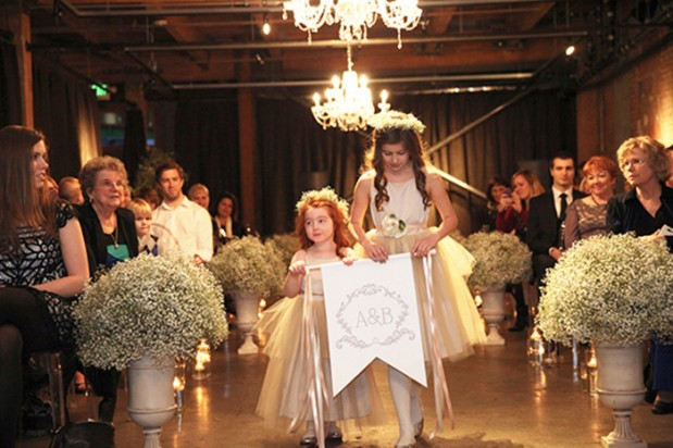 seattle_wedding_vintage_romance_15