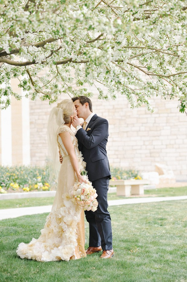 gold_sequin_stripes_glam_spring_wedding_utah_1
