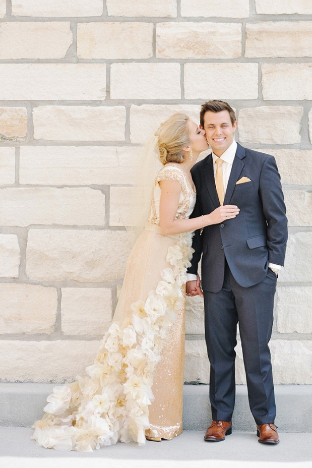 gold_sequin_stripes_glam_spring_wedding_utah_4