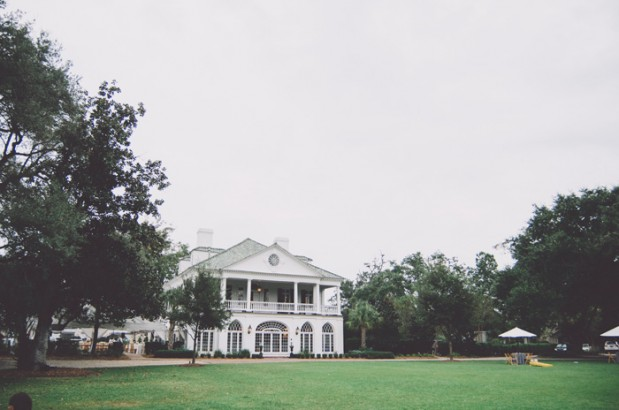 lowndes_grove_plantation_yellow_charleston_southern_wedding_7