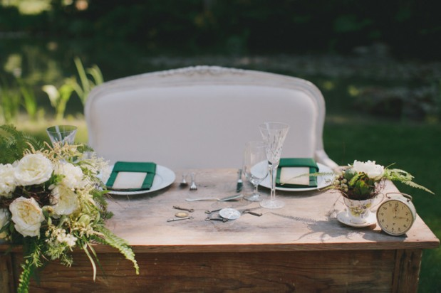nestledown_emerald_green_rustic_woodsy_wedding_5