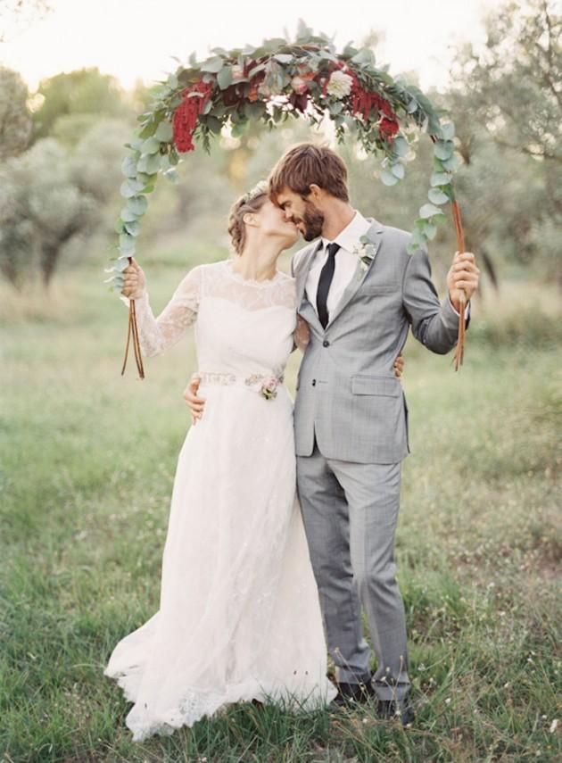 Feather-and-Stone-le-hameau-des-baux-french-villa-wedding_1