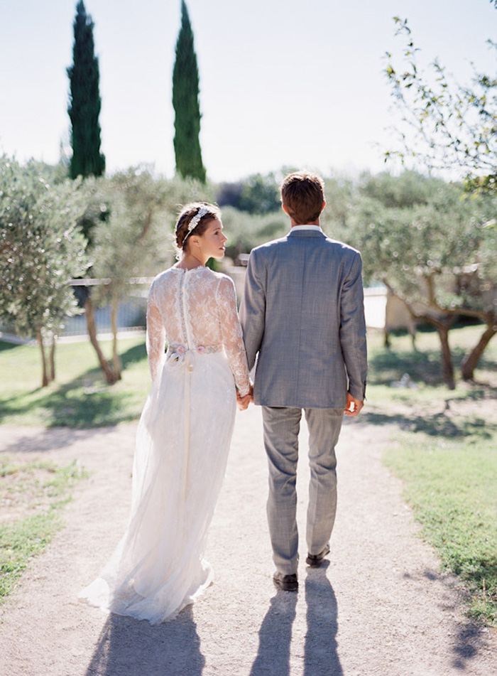 Feather-and-Stone-le-hameau-des-baux-french-villa-wedding_13
