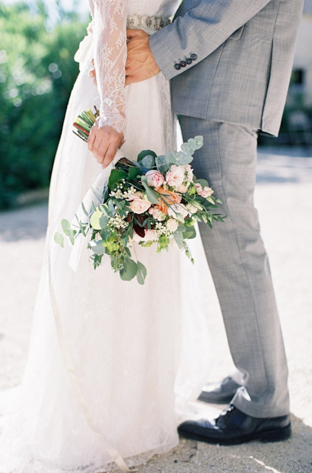 Feather-and-Stone-le-hameau-des-baux-french-villa-wedding_9