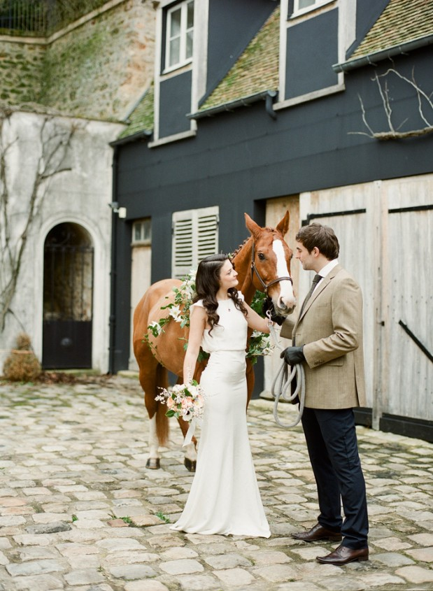 coco_chanel_equestrian_wedding_ideas_3