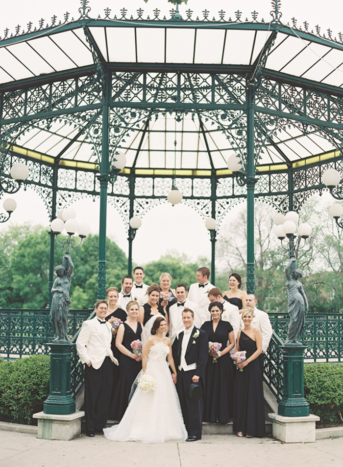vera_wang_architectural_artifacts_chicago_wedding_clary_photo_film_photography_12