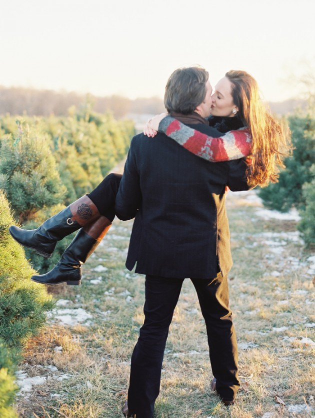 christmas_engagement_session_4