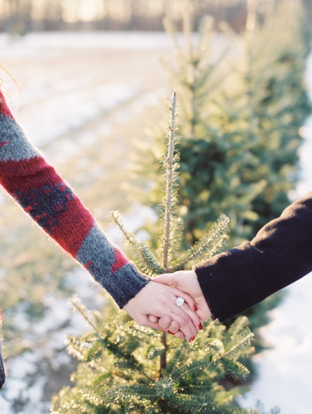 christmas_engagement_session_7