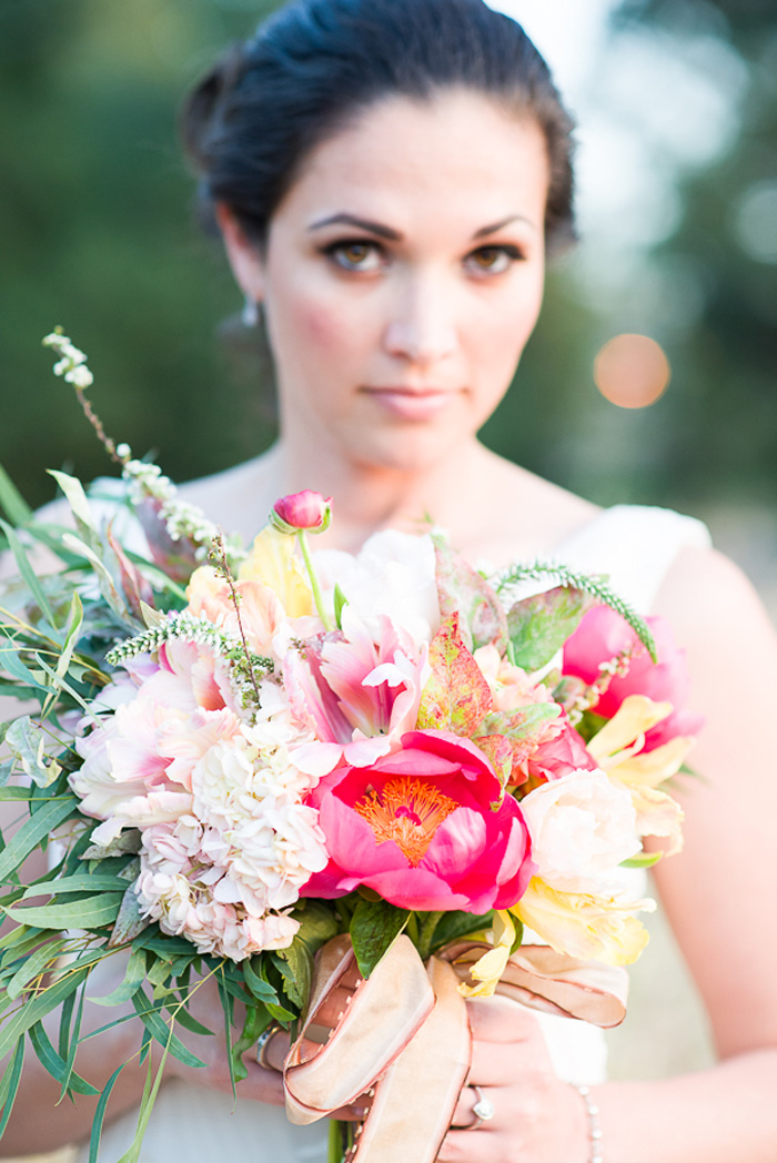 coral_peonies_wedding_bouquet_sunset_bridal_shoot_1