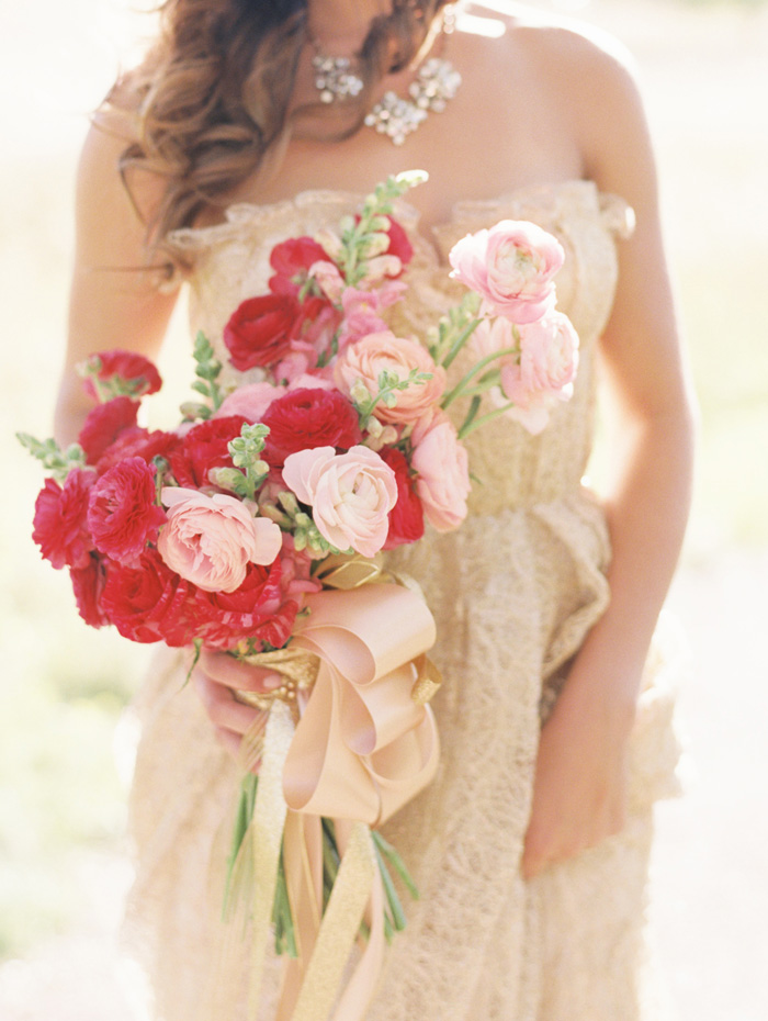 kate_spade_inspired_gold_glitter_coral_blush_bridal_shoot_1