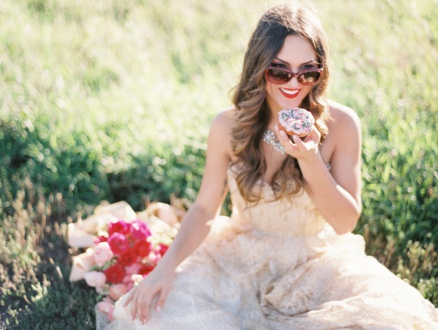 kate_spade_inspired_gold_glitter_coral_blush_bridal_shoot_4