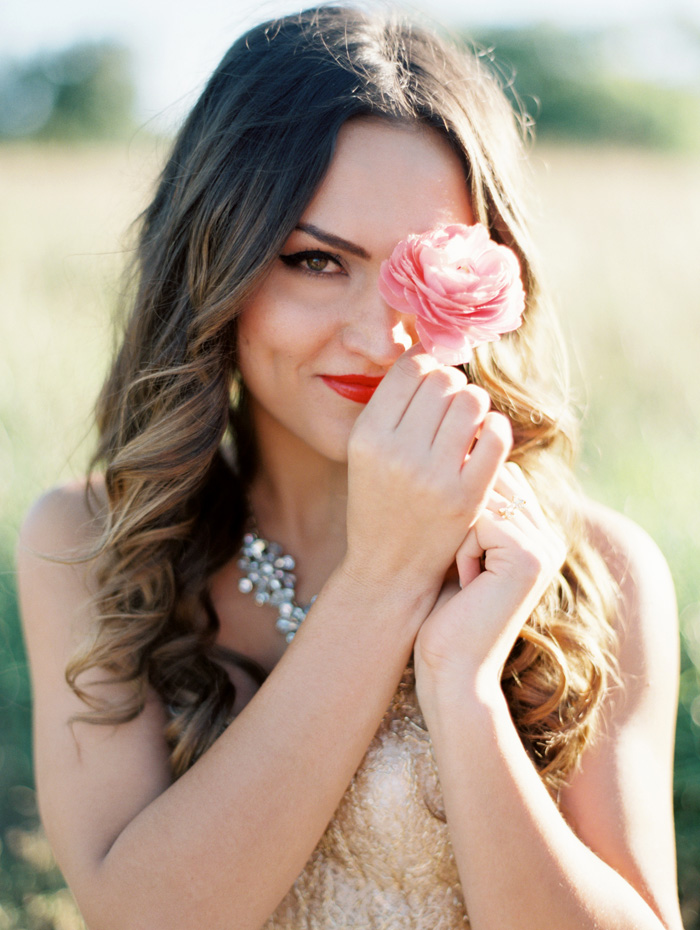 kate_spade_inspired_gold_glitter_coral_blush_bridal_shoot_6