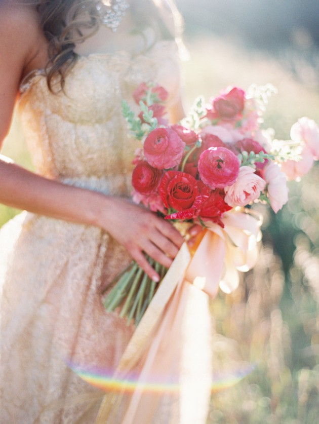 kate_spade_inspired_gold_glitter_coral_blush_bridal_shoot_8