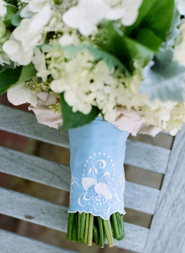 king_family_vineyards_charlottesville_spring_wedding_fashion_ivory_gray_mint_9