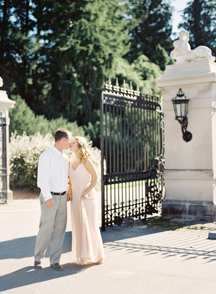 Wedding Blog Meredith and Tylers Biltmore Estate Engagement Session