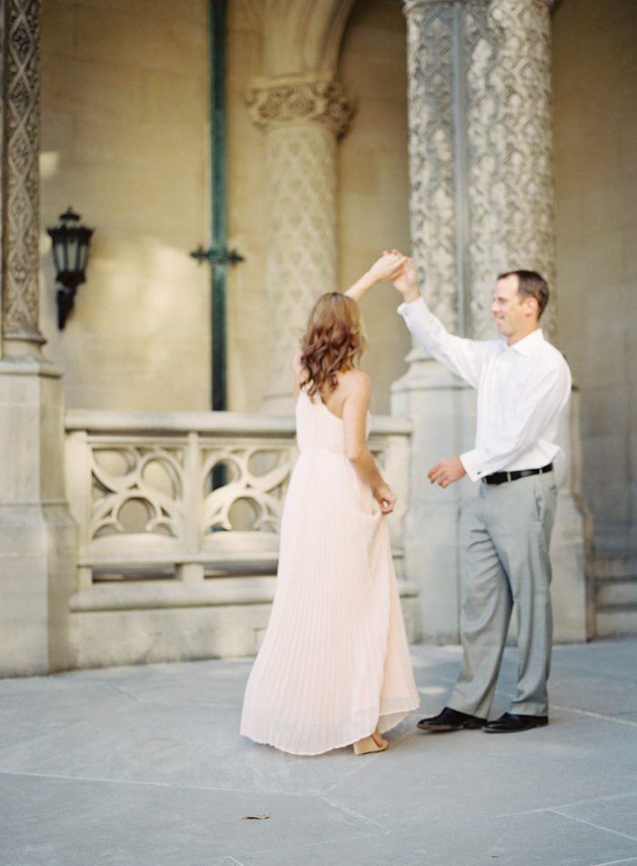 Biltmore-estate-asheville-north-carolina-engagement-3