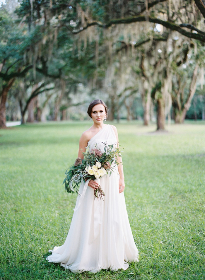 Wedding Blog Charleston Blue Inspiration at Fenwick Hall