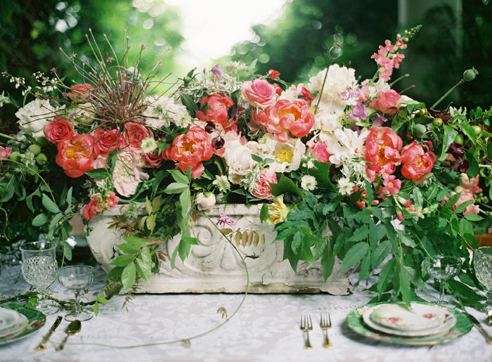 Wedding Blog Floral Dreams by Holly Chapple and Anne Robert