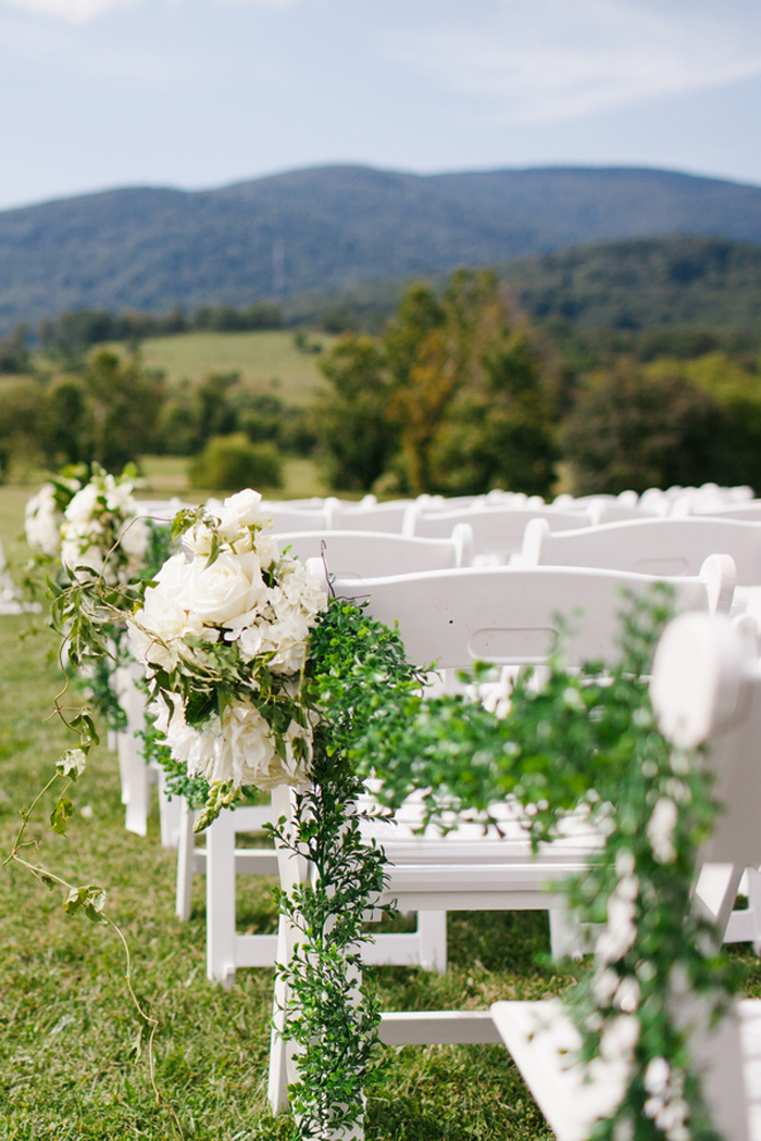 king_family_vineyards_charlottesville_spring_wedding_fashion_ivory_gray_mint_7