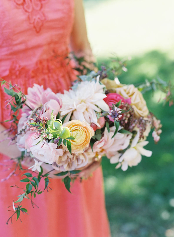 vermont-family-farm-wedding-coral-blush-jen-huang-poppies-posies-1