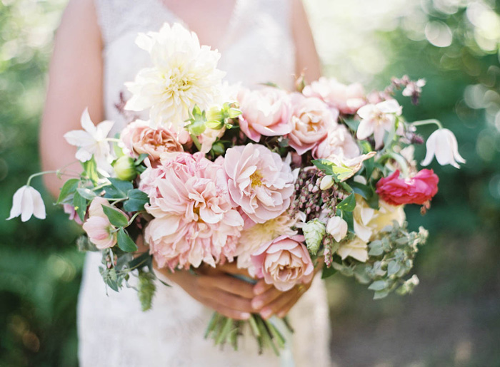 vermont-family-farm-wedding-coral-blush-jen-huang-poppies-posies-3