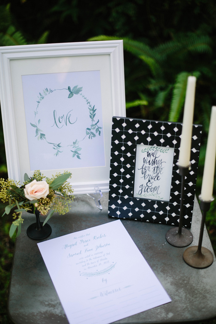 PREPPY-RUSTIC-STRIPES-BLACK-GREEN-GOLD-WEDDING-IDEAS-4