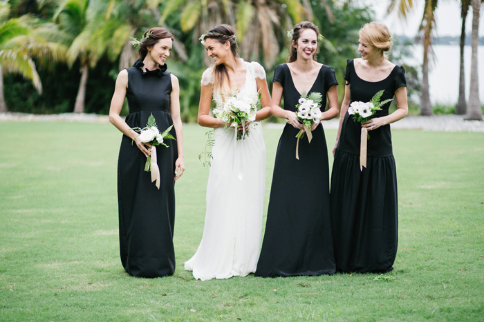 PREPPY-RUSTIC-STRIPES-BLACK-GREEN-GOLD-WEDDING-IDEAS-6