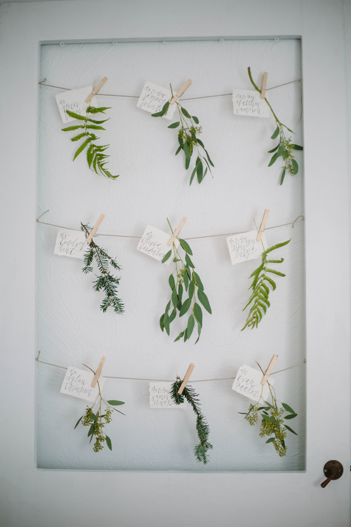 PREPPY-RUSTIC-STRIPES-BLACK-GREEN-GOLD-WEDDING-IDEAS-9
