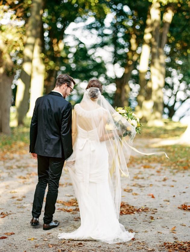 dundurn-castle-ontario-canada-yellow-weddings-1