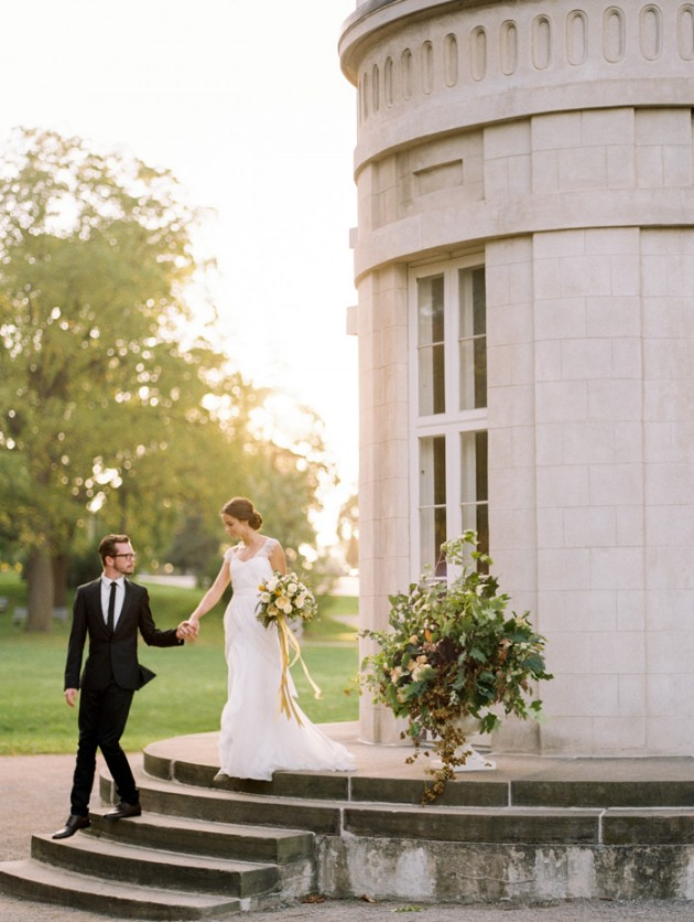 dundurn-castle-ontario-canada-yellow-weddings-10