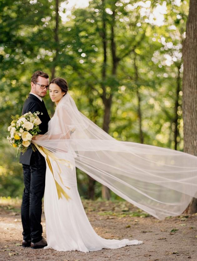 dundurn-castle-ontario-canada-yellow-weddings-11