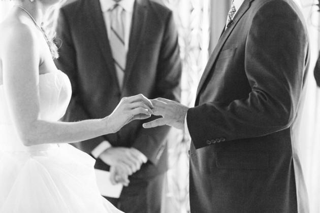 vegas-four-seasons-wedding-vera-wang-dress-kt-merry-7