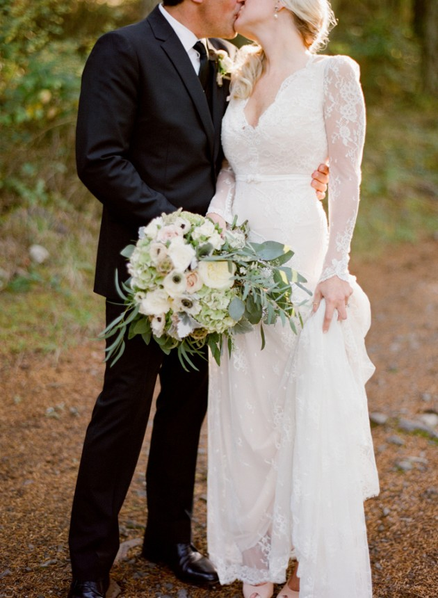 roche-harbor-farmers-market-wedding_8