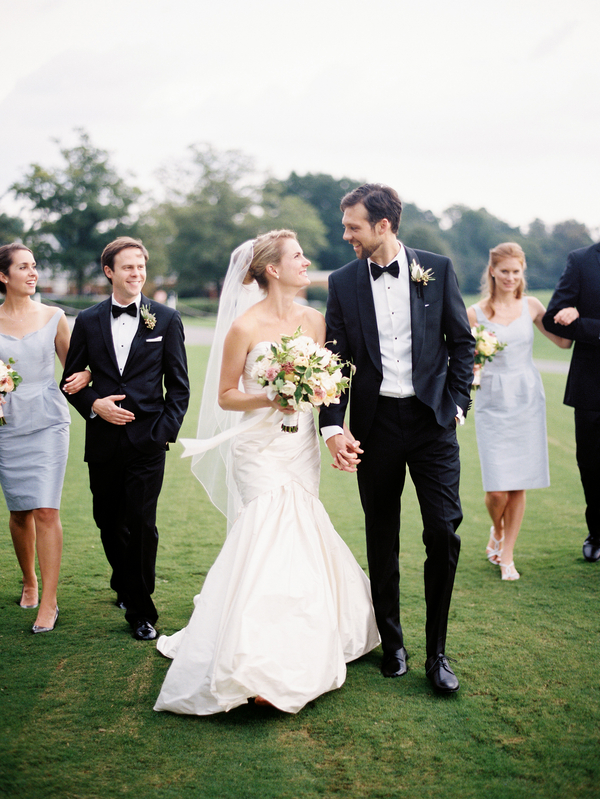 country-club-of-virginia-pale-blue-wedding-15
